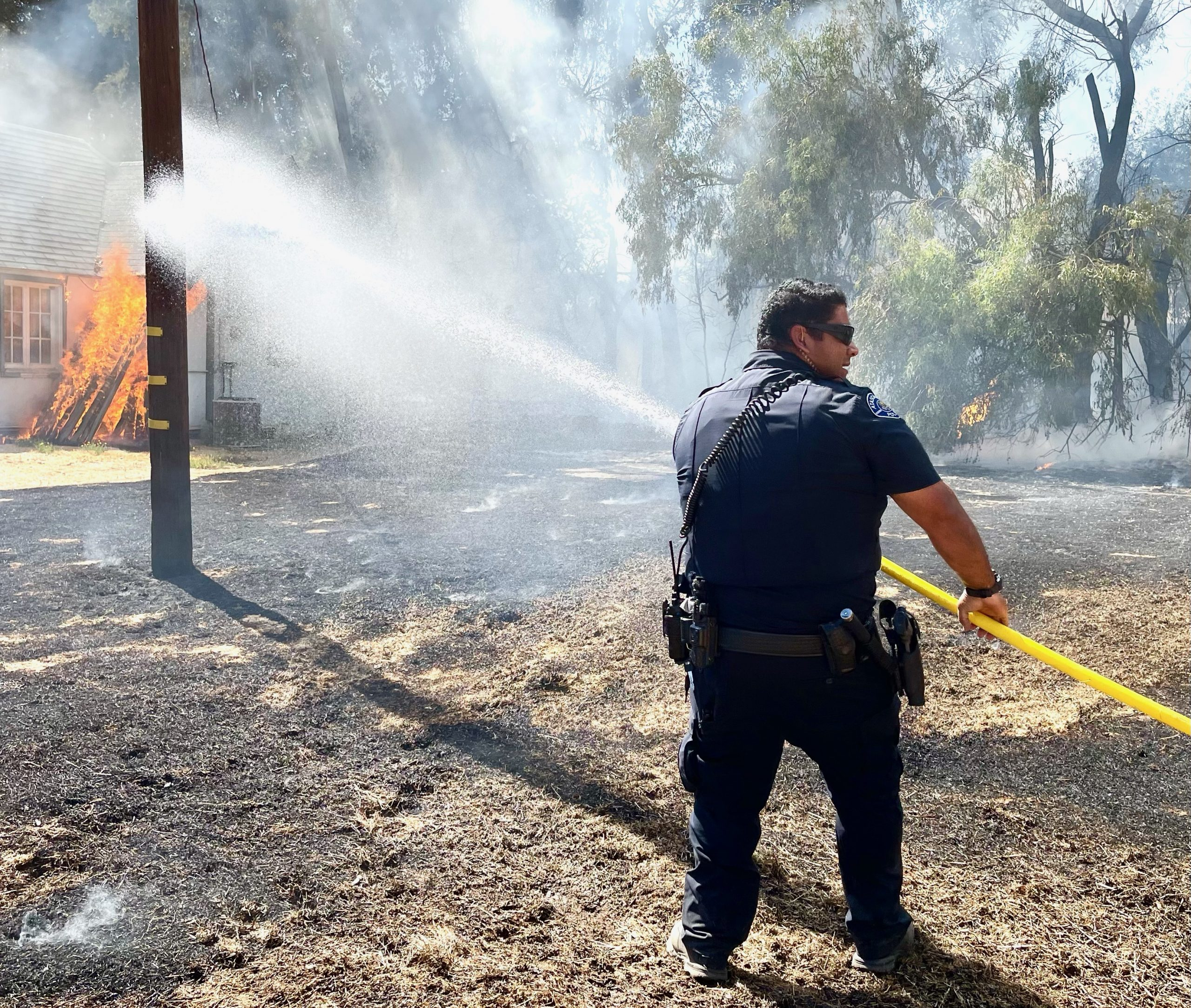Fire damages Atascadero home, causes minor injuries